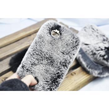 Гламурный меховой чехол для смартфонов