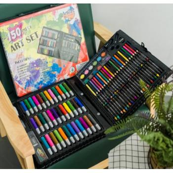 Набор для рисования в кейсе Art Set (150 предметов)
