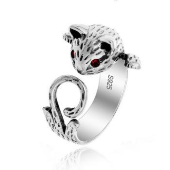 Женское кольцо кошка