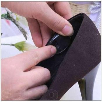 Гелевые подушечки в обувь против натирания