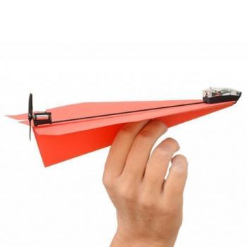 Бумажный самолет с мотором